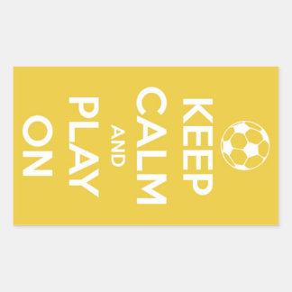 Guarde la calma y el juego en los pegatinas rectangular pegatinas