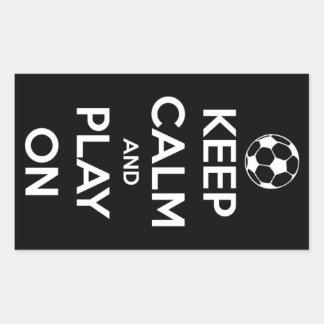 Guarde la calma y el juego en los pegatinas pegatina rectangular