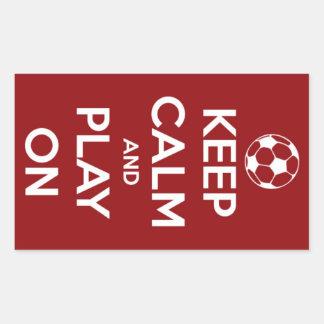 Guarde la calma y el juego en los pegatinas rojos pegatina rectangular