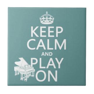 Guarde la calma y el juego en (piano) (cualquier c tejas  cerámicas