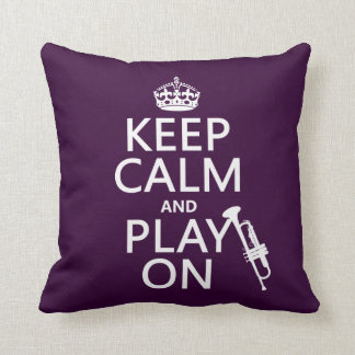 Guarde la calma y el juego en (trompeta) (todos lo almohadas