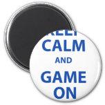 Guarde la calma y el juego encendido imán para frigorifico