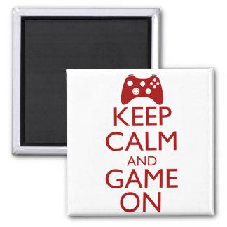 Guarde la calma y el juego encendido imán cuadrado