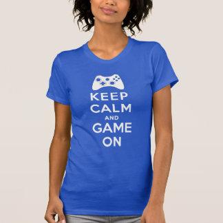 Guarde la calma y el juego encendido playeras