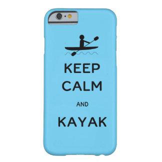 Guarde la calma y el kajak funda barely there iPhone 6