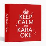 Guarde la calma y el Karaoke (el color del persona