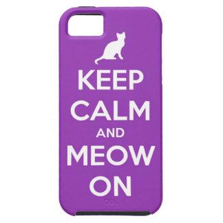 Guarde la calma y el maullido en púrpura funda para iPhone 5 tough