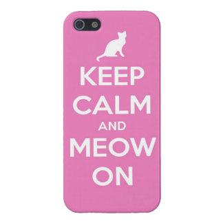 Guarde la calma y el maullido en rosa iPhone 5 funda