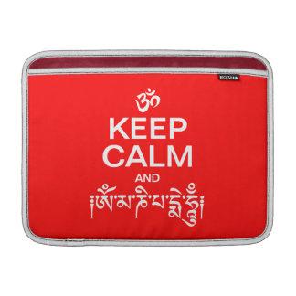 Guarde la calma y el ronquido de OM Mani Padme Fundas Macbook Air