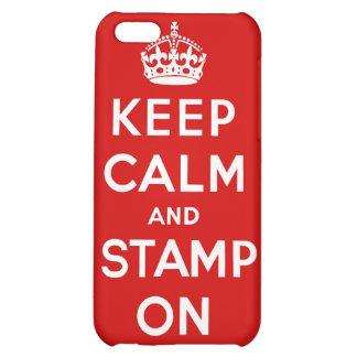 Guarde la calma y el sello en el caso de Iphone