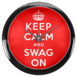Guarde la calma y el Swag encendido Reloj Aqua Clock