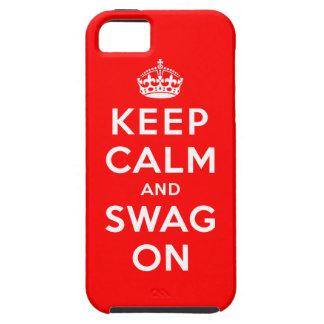 Guarde la calma y el Swag encendido iPhone 5 Protectores