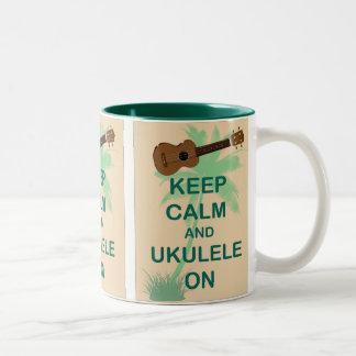 Guarde la calma y el Ukulele en la impresión origi Taza De Café