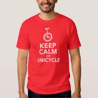 Guarde la calma y el Unicycle Playeras
