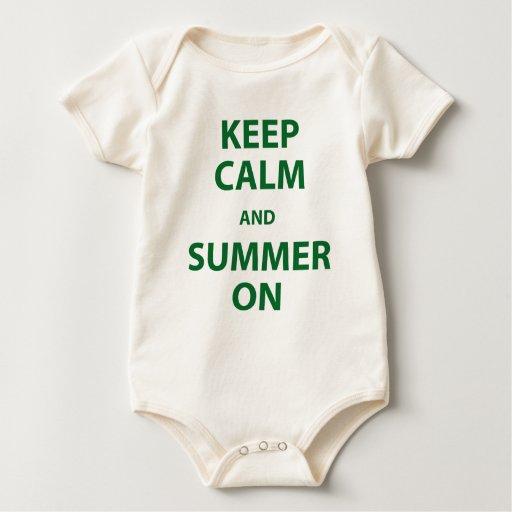 Guarde la calma y el verano encendido mameluco de bebé