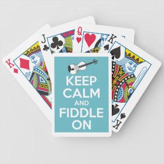 Guarde la calma y el violín en azul baraja de cartas