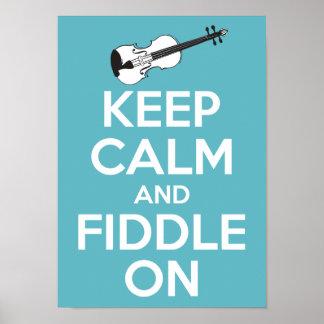 Guarde la calma y el violín en azul poster