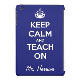Guarde la calma y enséñela en el azul funda para iPad mini retina