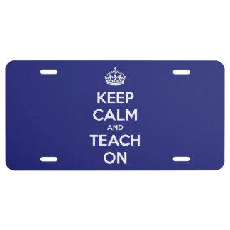 Guarde la calma y enséñela en la placa azul placa de matrícula