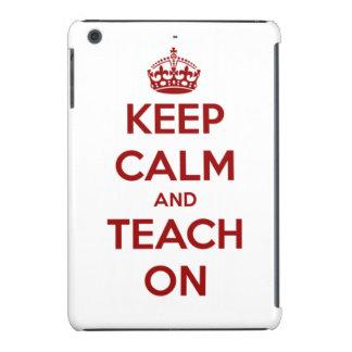 Guarde la calma y enséñela en rojo en blanco funda para iPad mini