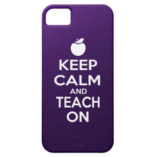 Guarde la calma y enséñela encendido funda para iPhone 5 barely there