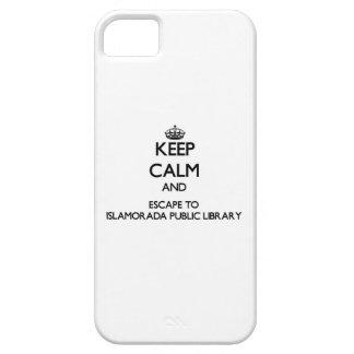 Guarde la calma y escápese a la biblioteca pública iPhone 5 protectores