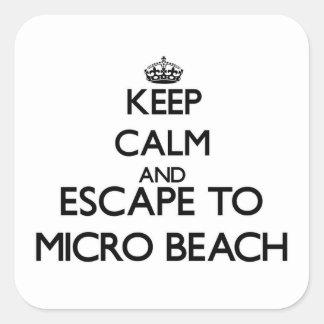 Guarde la calma y escápese a la playa micro Maria Calcomanía Cuadradas Personalizadas