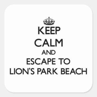 Guarde la calma y escápese a la playa Ohio del Pegatina Cuadrada