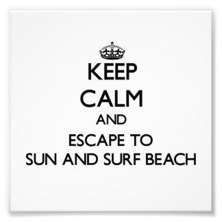 Guarde la calma y escápese a Sun y practique surf Fotografia