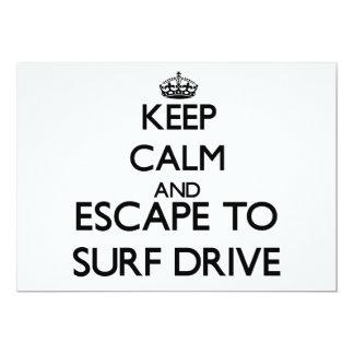 """Guarde la calma y escápese para practicar surf la invitación 5"""" x 7"""""""