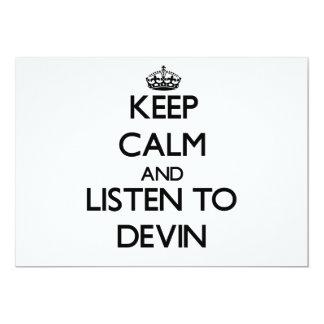 Guarde la calma y escuche Devin Invitación