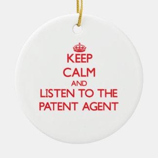 Guarde la calma y escuche el agente de patente adorno de navidad