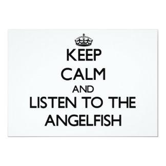 """Guarde la calma y escuche el Angelfish Invitación 5"""" X 7"""""""