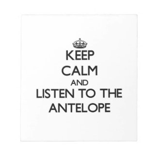 Guarde la calma y escuche el antílope