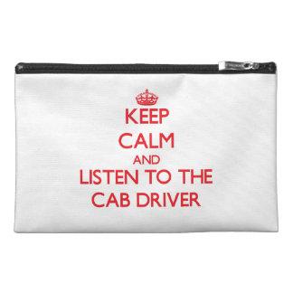Guarde la calma y escuche el conductor de taxi