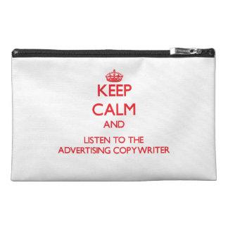 Guarde la calma y escuche el Copywriter de la publ