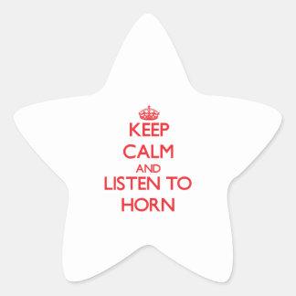 Guarde la calma y escuche el cuerno calcomania forma de estrella personalizada