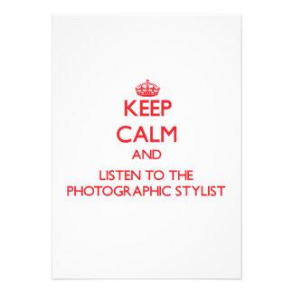 Guarde la calma y escuche el estilista fotográfico invitacion personalizada