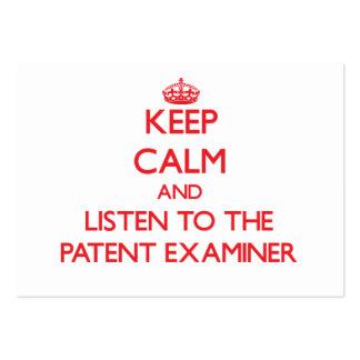 Guarde la calma y escuche el examinador de la pate tarjetas de negocios