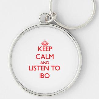 Guarde la calma y escuche el IBO Llavero