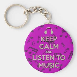 guarde la calma y escuche el llavero de la música