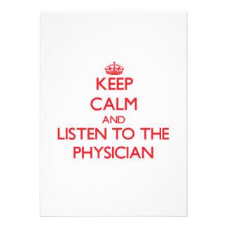Guarde la calma y escuche el médico anuncio