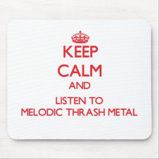 Guarde la calma y escuche el METAL MELÓDICO del MO Alfombrillas De Ratones