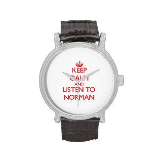 Guarde la calma y escuche el normando reloj de mano
