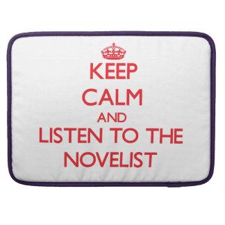 Guarde la calma y escuche el novelista fundas para macbooks