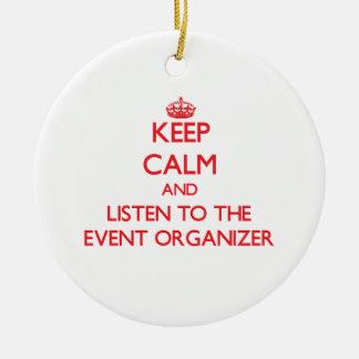 Guarde la calma y escuche el organizador del adorno navideño redondo de cerámica