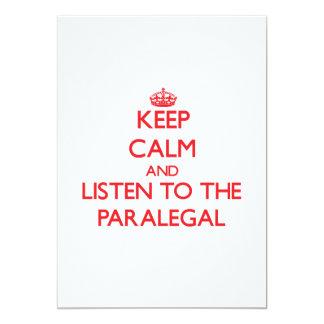 """Guarde la calma y escuche el Paralegal Invitación 5"""" X 7"""""""