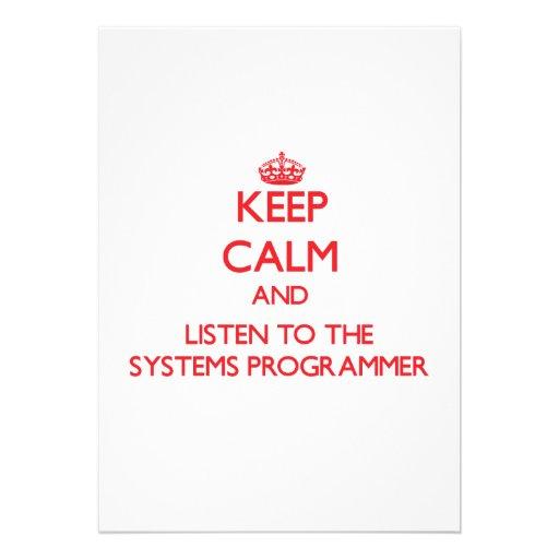 Guarde la calma y escuche el programador invitaciones personalizada