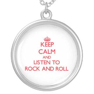 Guarde la calma y escuche el ROCK-AND-ROLL Grimpola