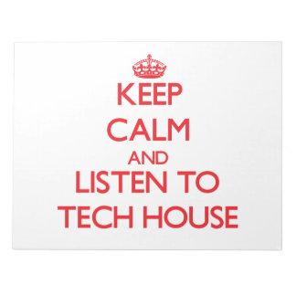Guarde la calma y escuche la CASA de la TECNOLOGÍA
